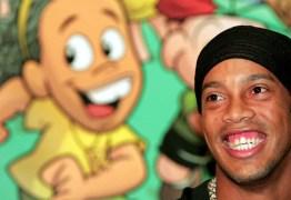 Acusado de entregar passaportes a Ronaldinho culpa empresária