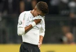 Pedrinho é colocado em quarentena após viagem para Portugal e desfalca o Corinthians