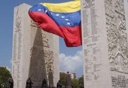 Bolsonaro fala em fechamento parcial da fronteira com a Venezuela