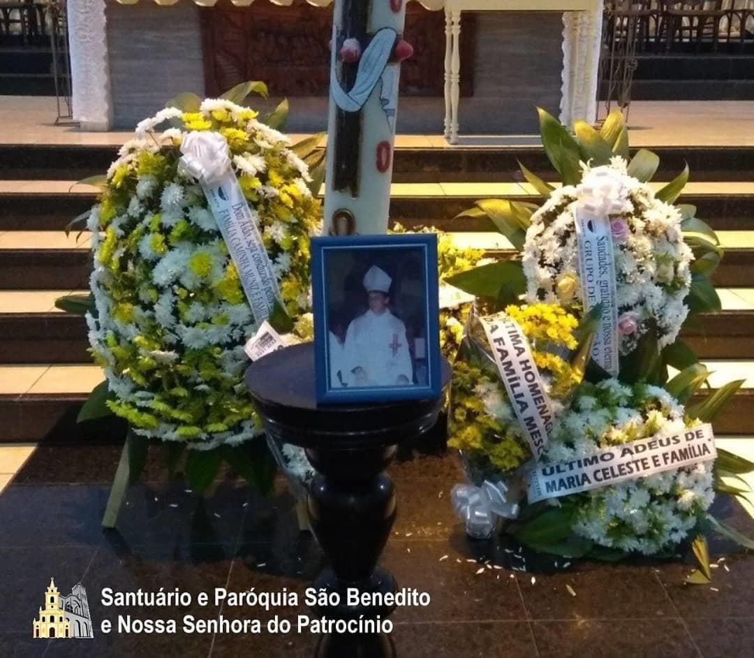 36af2b42 a3cd 4060 a0dd c2eb0f8ab917 - Funeral de dom Aldo Pagotto é realizado com caixão lacrado e sem a presença de fiéis - VEJA IMAGENS