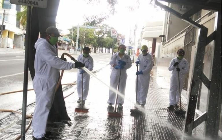 Capturark 3 - Brigada da Limpeza da Sesuma está atuando em ruas do Centro de Campina