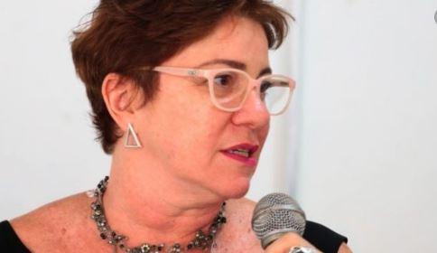 Márcia - DESABAFO: Márcia Lucena fala sobre problemas que vem enfrentando e internamento de seu pai, no HNSN