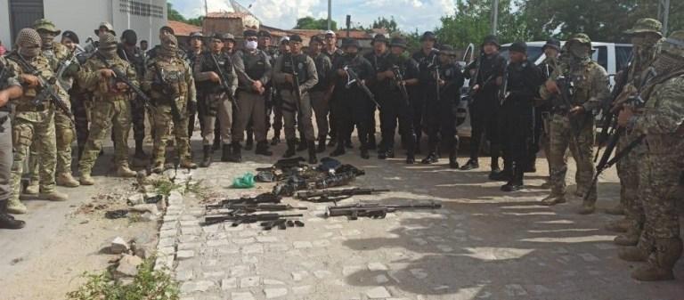 armas Aparecida quadrilha do NE foto 3 1 - Operação policial prende quadrilha e apreende armamento de guerra na região de Sousa - VEJA VÍDEOS