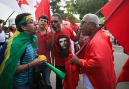 confronyo1455721577 - O Brasil precisa de democracia, não de democratas de ocasião - por Felipe Nunes