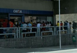 Paraíba registra aglomerações em agência bancária para recebimento do auxílio emergencial