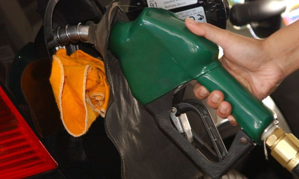 gasolina 1024x613 - Prévia da inflação registra queda de 0,01% em abril deste ano