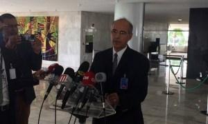 presidente cfm mauro ribeiro 300x180 - Conselho Federal de Medicina diz a Bolsonaro que não há evidência de benefício da Cloroquina, mas autoriza prescrição por médicos