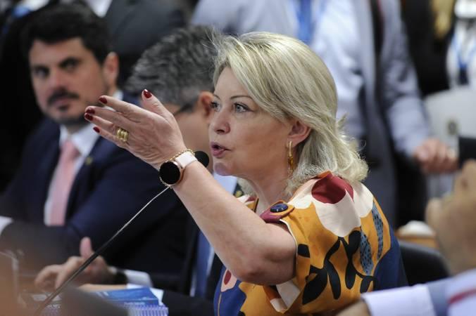 senadora juiza selma arruda - SENADORA CASSADA: Após reunião da Mesa Diretora, cúpula do Senado confirma afastamento de Selma