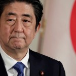 shinzo abe - Primeiro Ministro decreta estado de emergência em sete regiões do Japão