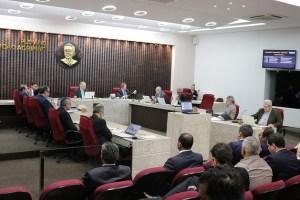 tce 300x200 - TCE/PB NA CONTRAMÃO:  Obstacular a comunicação do governo em plena pandemia é Bolsonarismo ou retaliação indevida - Por Walter Santos