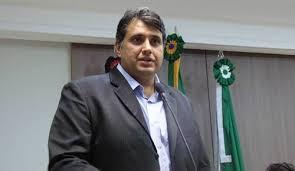 José Maranhão anuncia volta de André Gadelha ao MDB: 'o bom filho a casa retorna'