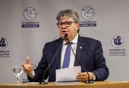 João Azevêdo mantém suspensão de expediente presencial nas repartições públicas estaduais