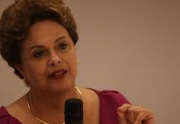 Incapaz, Bolsonaro quer atribuir morte e fome aos governadores, diz Dilma