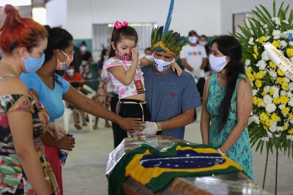 000 1rl57b - 'Pessoas são mais importantes do que economia', diz Papa Francisco sobre a pandemia