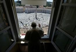 'Pessoas são mais importantes do que economia', diz Papa Francisco sobre a pandemia