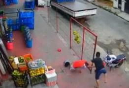 Câmera registra momento em que homem é executado a tiros em Manaus