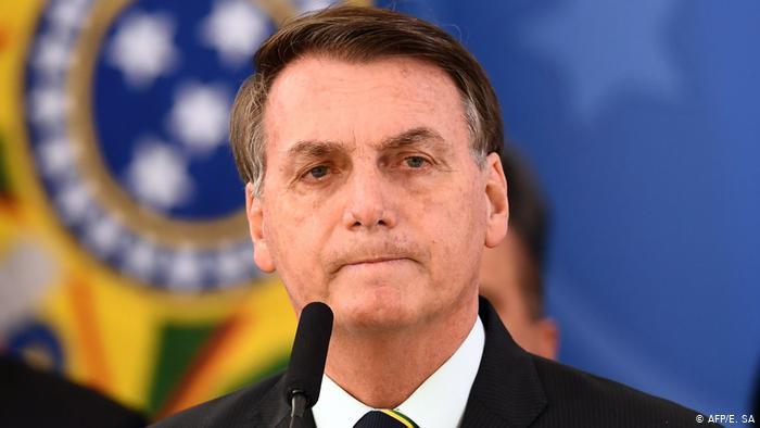 53238131 303 - Bolsonaro se irrita com jornalistas ao ser questionado sobre interferência na Polícia Federal