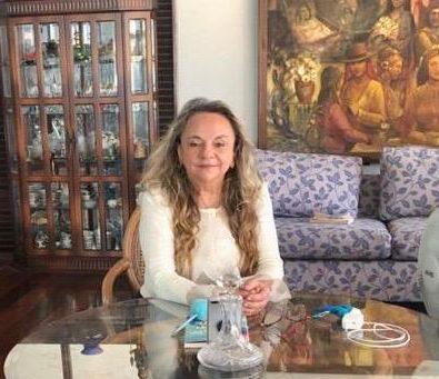 56c9d97c bb9c 4d21 8270 ac60397b3718 e1590603656448 - Drª Paula se solidariza e enaltece profissionais da área de saúde que estão na frente de batalha