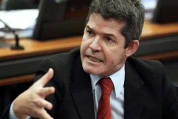 Deputado acusa Bolsonaro de ter usado Moro e não ter aplicado práticas de combate à corrupção – OUÇA