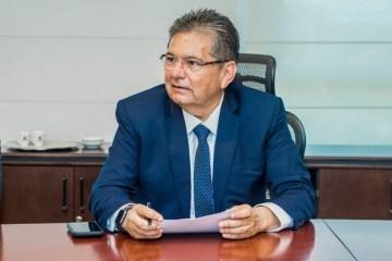 Deputado Adriano Galdino sanciona lei que obriga municípios a criar Comitê de Crise
