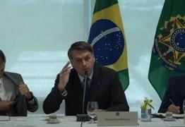 Bolsonaro defende intervenção militar em reunião ministerial: 'nós queremos o artigo 142' – VEJA VÍDEO