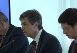 Em reunião ministerial, Salles pediu que governo usasse pandemia para destruir meio ambiente