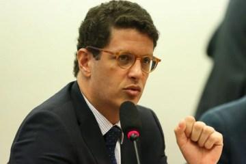 Capturari 4 - MPF pede que Salles seja investigado por crime de responsabilidade e improbidade