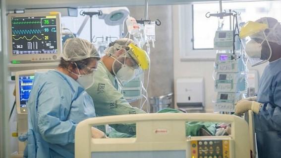 Capturarl 4 - Após Brasil bater recordes, cinco Estados se aproximam do colapso no sistema de saúde