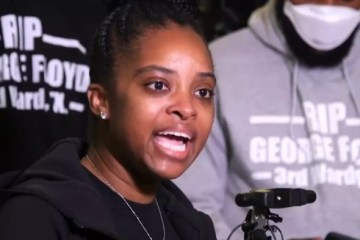 'Nós aprendemos a violência com você', diz ativista negra Tamika Mallory – VEJA VÍDEO