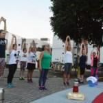 EducaçãofísicaPraçaJardimSãoPaulo fotoGilbertoFirmino 27 300x218 1 - Projeto inicia aulas de educação física pelas redes sociais, em João Pessoa