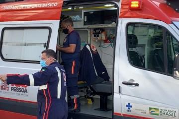 QUATRO METROS: Homem fica ferido após cair em fosso de elevador
