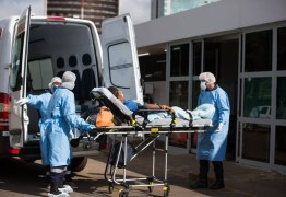 Governador sanciona lei que proíbe hospitais públicos e privados da Paraíba de recusar pacientes de covid-19