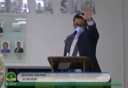 VEJA VÍDEO: Jeferson Kita assume Prefeitura de Bayeux após afastamento de Berg Lima