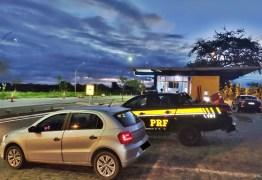 Dois carro e duas motocicletas roubadas são recuperadas após fiscalização da PRF, na Paraíba
