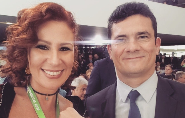 achei maligno diz carla zambelli apos moro mostrar trecho de conversa - Deputada disse a Moro que Bolsonaro iria 'cair' com demissão e apagou mensagem após saída
