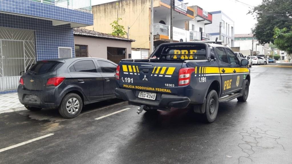 b8023ed6 613b 4ae3 a0e7 8c858077cd47 1024x576 - PRF na Paraíba recupera veículo roubado durante fiscalização na Operação Tamoio