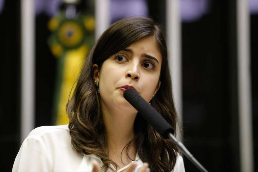 baad5f92e0fca104c3f9d215b652cf4a - 'Chega de notinhas': Tabata Amaral cobra reação contra Bolsonaro