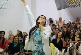 Pousada Aruanã, no Conde, promove live para ajudar artistas