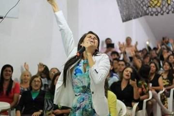 munique marinho cantora gospel - Pousada Aruanã, no Conde, promove live para ajudar artistas