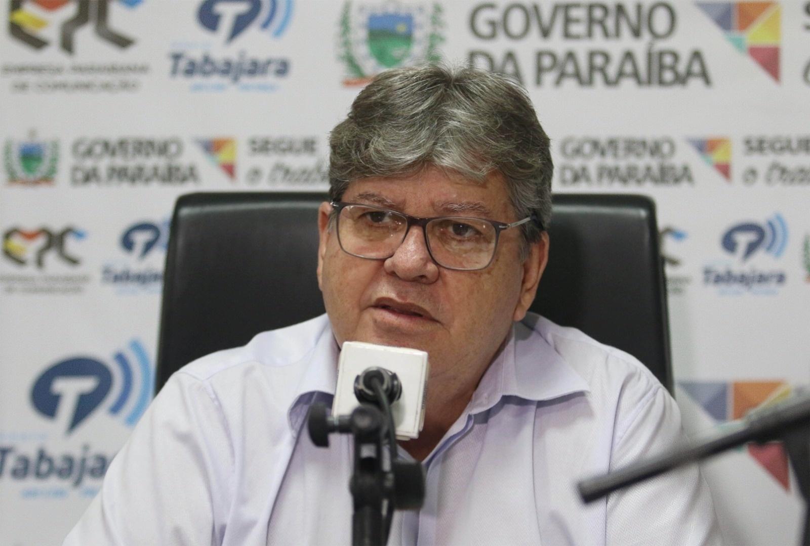 """o governador da paraiba joao azevedo 1565391640193 v2 1600x1080 - Em programa de rádio, João Azevêdo acusa """"marginais"""" de atacarem governo com """"fake news"""""""