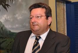 Juiz Onaldo Queiroga é internado com sintomas de coronavírus