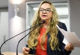 Drª Paula externa preocupação com finanças dos municípios em tempos de pandemia, durante participação em debate sobre a  LDO/2021