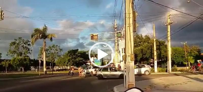 """Capturar 51 - Corpo do carnavalesco Francisco de Assis, o """"Índio"""" é sepultado em Cajazeiras - VEJA VÍDEO"""