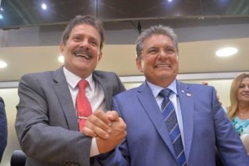 OPINIÃO: PL de Galdino e Tião que prevê entrega de medicamentos em domicílio sai vitorioso