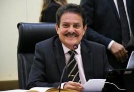 Proposta de Tião Gomes suspende cobrança de matrículas nas universidades e faculdades particulares da Paraíba