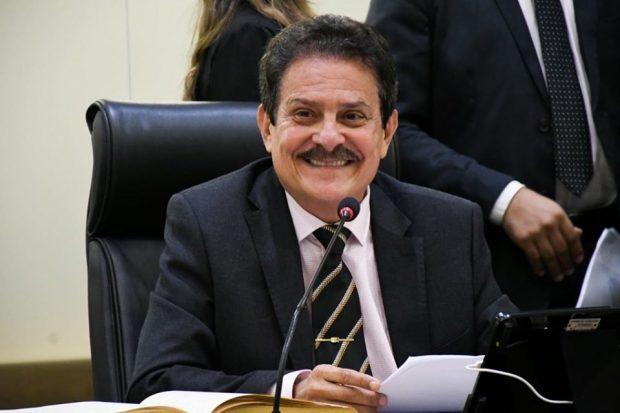 Tiao - Proposta de Tião Gomes suspende cobrança de matrículas nas universidades e faculdades particulares da Paraíba