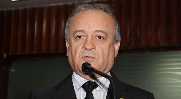 branco mendes 2 600x330 1 - Candidato Branco Mendes expõe propostas para população de Alhandra