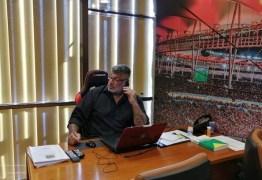 Internautas pedem prisão de Frota após mensagem contra fascismo