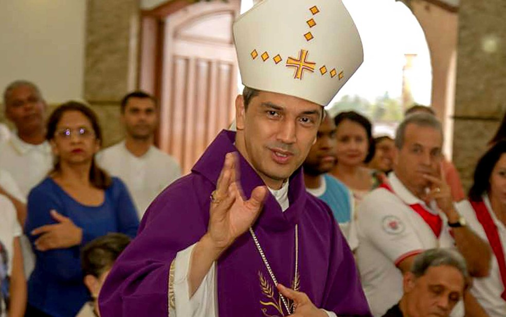 dommarcony - Polícia identifica suspeito de ameaçar bispo que impediu acampamento de grupo extremista