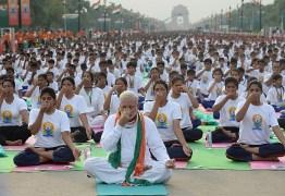 O que o yoga tem a ver com o avanço da extrema direita na Índia? – Por Douglas Matos